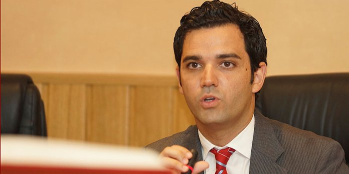 Juan Antonio Sagredo durante el pleno de investidura