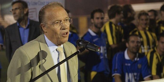 Diego Ramón durante una presentación del Paterna CF