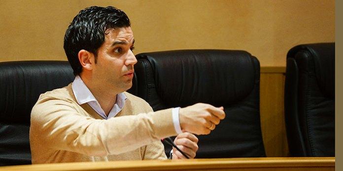 El alcalde de Paterna, Juan Antonio Sagredo, durante un pleno