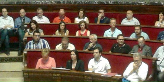 Sagredo junto a otros alcaldes en la votación