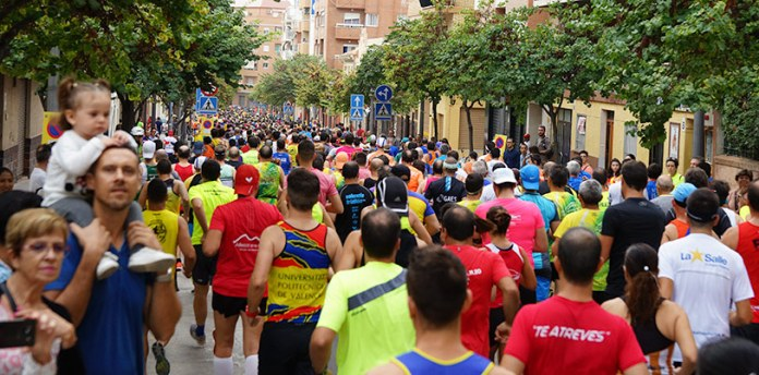 1800 corredores llenaron las calles de Paterna durante el Gran Fondo Villa de Paterna
