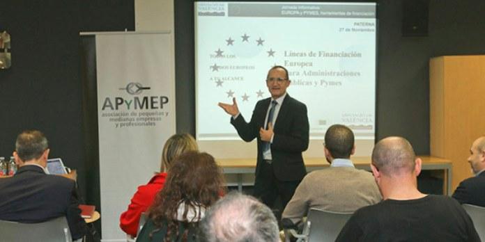 El diputado de Proyectos europeos, durante su exposición