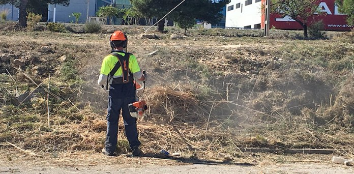 Estado de los trabajos desarrollados en el eje de la calle Islas Baleares en Fuente del Jarro