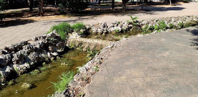 Imagen del río del Parque de Alborgí