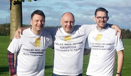 Martin Johnstone, Gavin Watson et Martyn O'Neill (© Families Need Fathers Scotland)