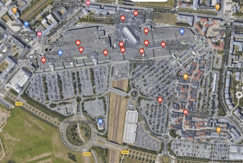 Mapa mostrando outlet perto da Disney Paris colado no shopping