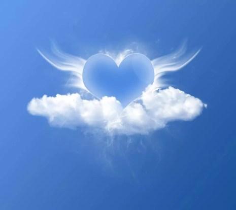 coeur ailes nuage