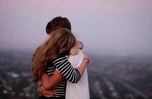 "J'aime les choses simples : un câlin, un merci, un ""prends soin de toi""."