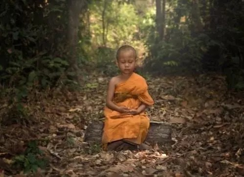 Le moine et la glace au chocolat, un conte bouddhiste sur l'ego