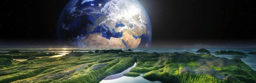"""Si notre environnement change, on change aussi par répercussion. Imaginez que vous vivez au Groenland et vous devez déménager au Brésil. Votre corps avec le temps va se transformer, s'adapter aux nouvelles conditions climatiques. Des changements énergétiques ont lieu quand un certain alignement planétaire se met en place, quand le soleil explose, (Éruption solaire), à certaines dates, changements de saison, quand la lune est pleine ou nouvelle, éclipses… Et lors de ces événements, le taux vibratoire de la terre augmente et notre corps doit s'adapter aux nouvelles conditions. Conditions qui changent parfois de manière conséquente du jour au lendemain… et l'air de rien ça peut être assez « brutal » pour notre corps physique… Le dernier changement intense en date a eu lieu lors du solstice du 21 juin 2014. Les solstices et équinoxes c'est en général là que les choses se corsent sérieusement, surtout les solstices. Vu qu'à ces moments-là la planète entre dans une autre dynamique énergétique ; changement de saison, les jours qui raccourcissent ou se rallongent… Le pourquoi de ces symptômes, fatigue, insomnie, mal de tête… Le fait de devoir s'habituer à un nouvel environnement crée un stress dans le corps, d'où la fatigue intense parfois… et quand le taux vibratoire de la terre augmente, ceci provoque aussi un changement au niveau atmosphérique. C'est comme si temporairement on n'avait pas accès à la même quantité d'oxygène… Et un manque d'oxygène peut aussi provoquer de la fatigue et des vertiges… Ce changement rapide de fréquence a même parfois l'effet d'un électrochoc pour le corps. Du coup une agitation interne se crée pour tenter de retrouver un équilibre. On peut par conséquent se sentir nerveux et agité, ce qui peut amener des problèmes d'endormissement… et aussi """"la crève"""". Le choc peut être d'une telle intensité que le corps puisse avoir besoin de stopper « la machine pour la redémarrer ». Et le seul moment possible pour mener à bien une telle manœuvre, c'est qua"""