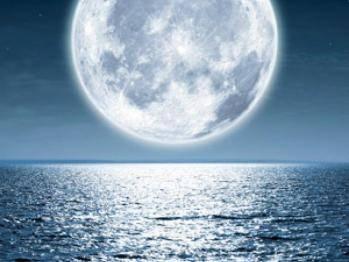 """Pleine lune : pourquoi elle nous fait """"disjoncter"""""""