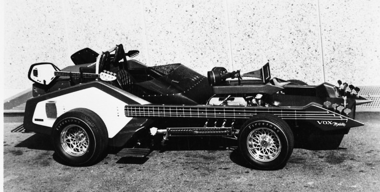 Dick Dean-built Vox-mobile