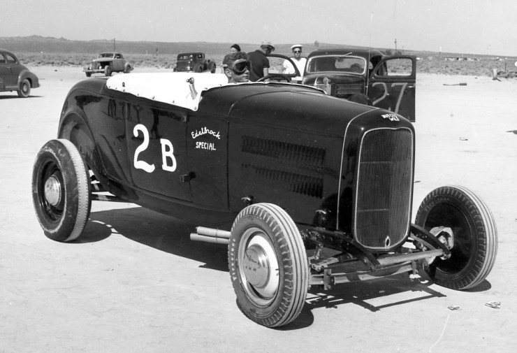 Dry lakes hot rod racing El Mirage Bob Pierson
