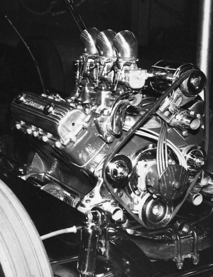 Alexander OHV conversion on a 21-stud Ford flathead V8 engine