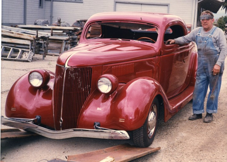 John Harvey's 3-window Ford with Von Dutch