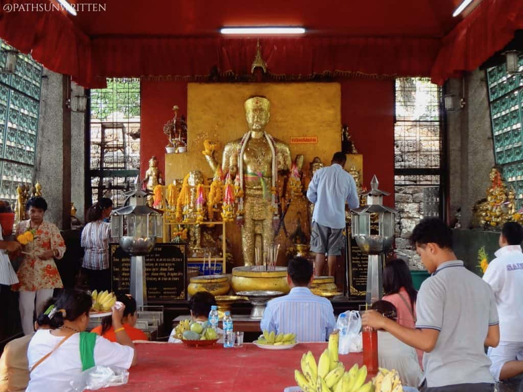 The Khmer Shiva statue now treated at a Buddha image.