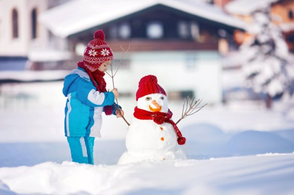 Playing in the Snow to Improve Gross Motor Skills