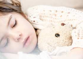 Teddy Bears with Feeding Tubes help Children with Ehlers-Danlos Syndrome Adjust