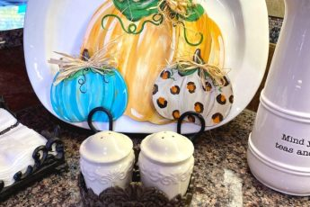 painted fall pumpkins