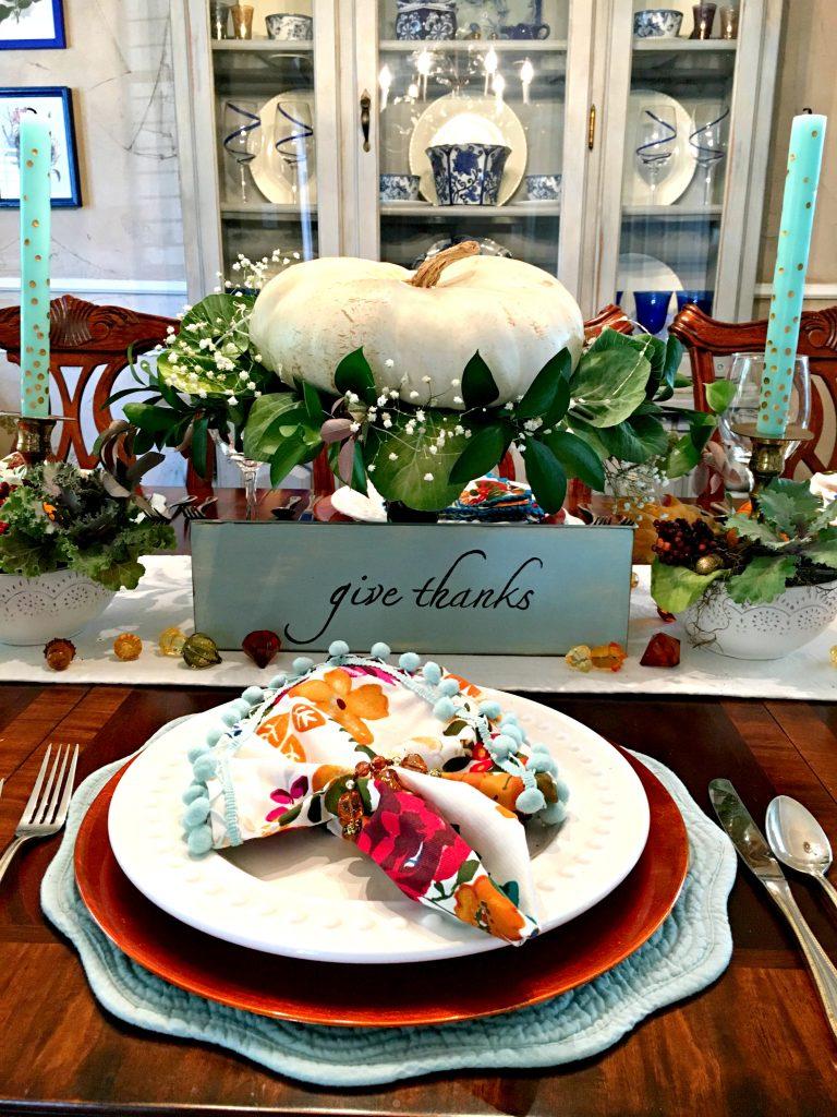 Stunning Thanksgiving Vignette