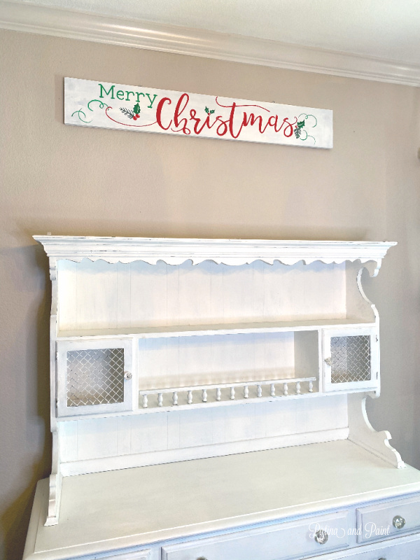 Christmas sign, white hutch