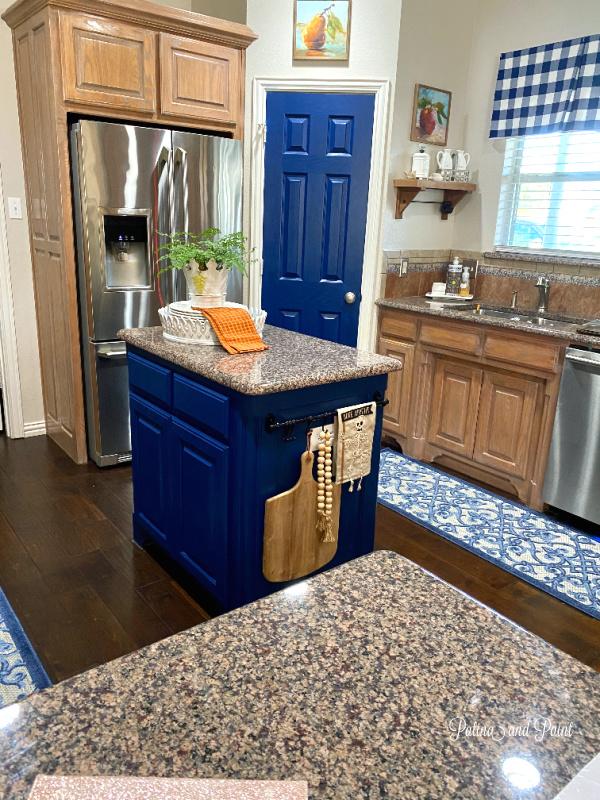 kitchen, blue island, blue door