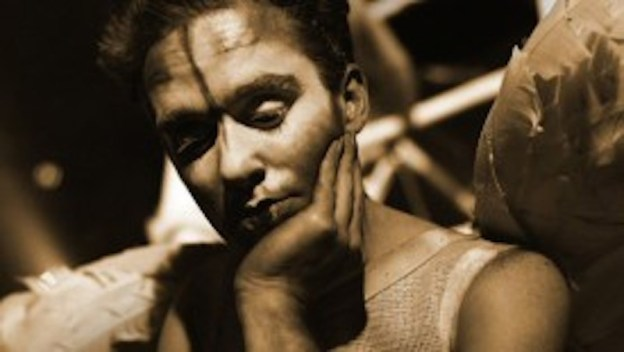 Ecco Homo – Peter Vanessa Troy Davies.