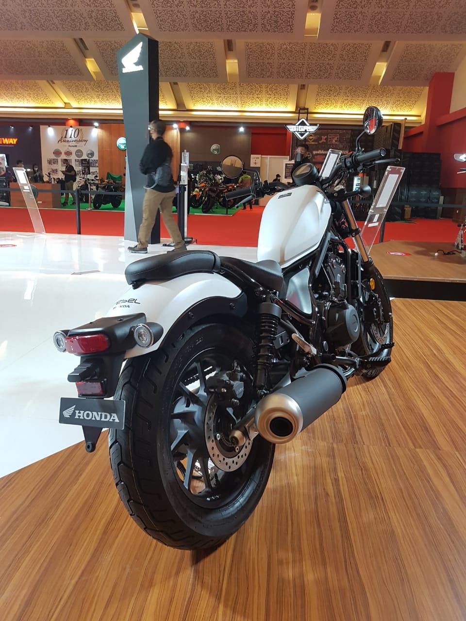 The a5 is priced at rp 1,44 billion. Warna-warni Honda Rebel 500 2021 Dengan Harga Baru - PATIPERKASA.COM