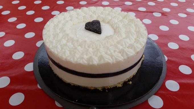 עוגת גבינה קרה עם מרמלדת תותי עץ