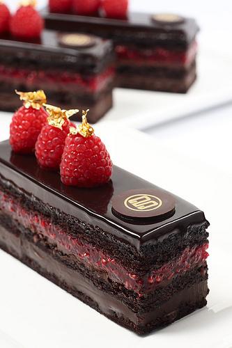 עוגת שוקולד ופטל