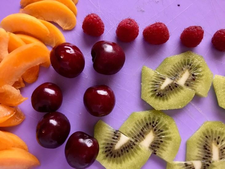 מעטרים במיטב פירות העונה