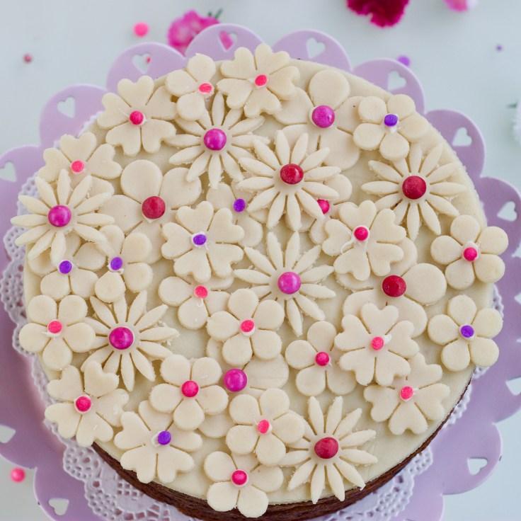 עוגת ט״ו בשבט - עוגת סימנל פרחונית