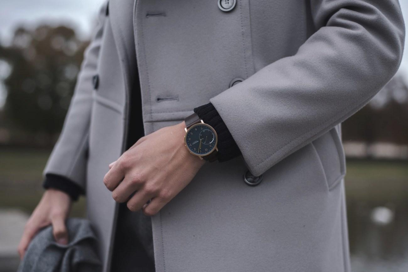skagen smart watch