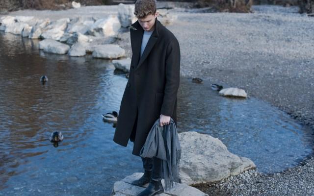 Hello 2017! Acne Canada Wool Scarf und khaki Wollmantel| Munich