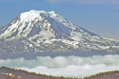mt adams cloudline