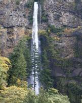 Multnomah Falls, image © Pat Moore Photography