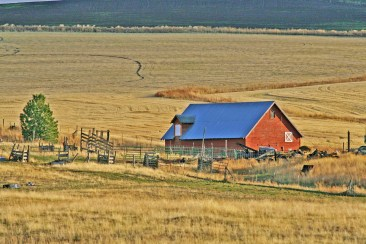 Barn and Sunbreak John Day Or
