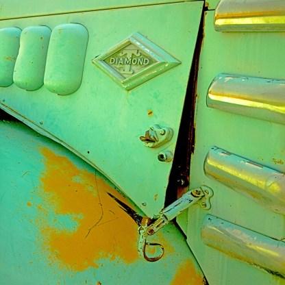 truck diamond latch 3030 copy 5