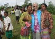 Pip made new friends at a tree-planting ceremony in the eastern district of Bobonaro.
