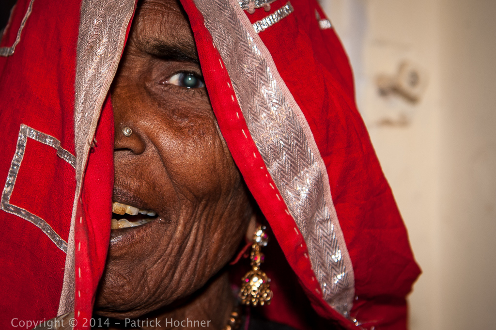 Old woman, Mandawa, Rajasthan, India
