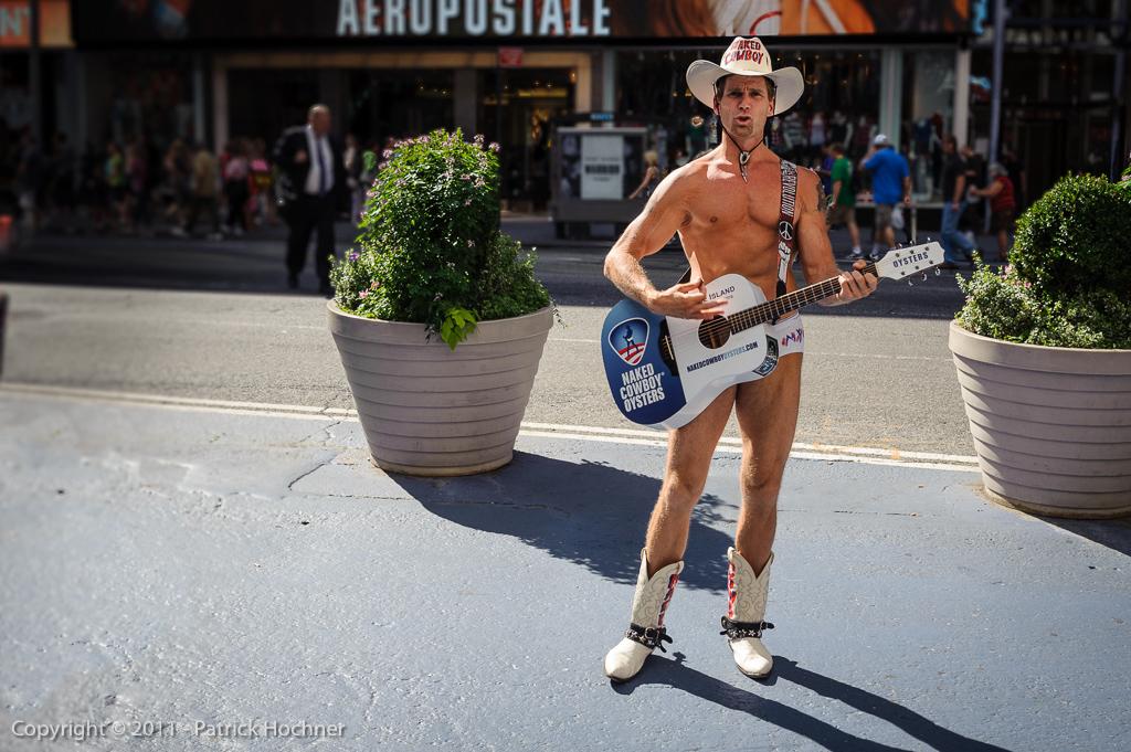 Cowboy nu à Times Square, New York