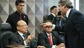Brasília - Senador Lindbergh Farias durante sessão do Conselho de Ética que arquivou denúncia contra as seis senadoras que ocuparam a Mesa do Plenário durante votação da reforma trabalhista (Fabio Rodrigues Pozze