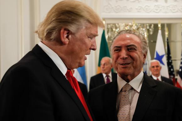Nova York (EUA) - Os presidentes dos Estados Unidos da América, Donald Trump, e do Brasil, Michel Temer, durante jantar de trabalho oferecido pelo presidente americano (Beto Barata/PR)