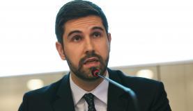 Brasília - O secretário de Comércio Exterior, Abrão Neto, divulga os dados da balança comercial brasileira de fevereiro (Fabio Rodrigues-Pozzebom/Agência Brasil)