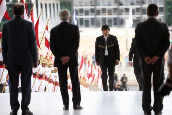 Brasília - O presidente da Bolívia, Evo Morales, é recebido no Palácio do Planalto pelo presidente Michel Temer (José Cruz/Agência Brasil)