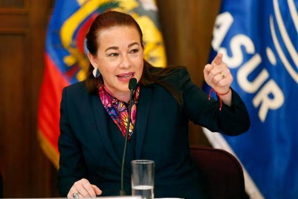 Quito A ministra das Relações Exteriores do Equador, María Fernanda Espinosa, durante coletiva de imprensa em que confirmou que seu país concedeu, em dezembro, a naturalização equatoriana ao fundador do WikiLe