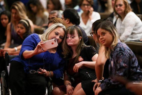 Brasília - No Dia Internacional da Síndrome de Down, crianças e adultos com a síndrome participam de evento no Senado (Marcelo Camargo/Agência Brasil)