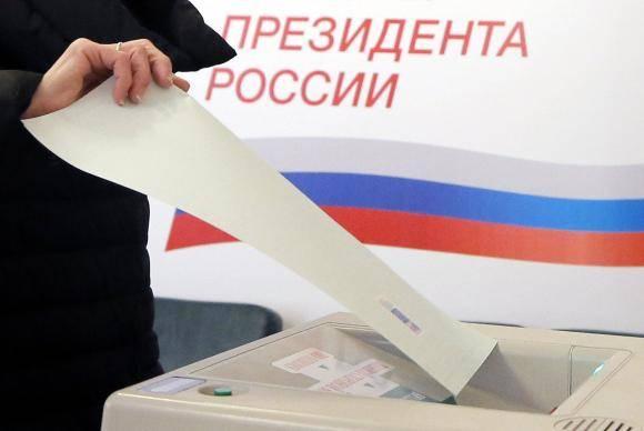 Russos elegem novo presidente - Foto Maxim Shipenkov/Agência EFE (Direitos Reservados)