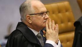 Brasília - Ministro Edson Fachin durante sessão do STF para julgar restrição ao foro privilegiado para parlamentares (Antônio Cruz/Agência Brasil)