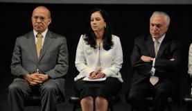Brasília - O ministro da Casa Civil, Eliseu Padilha, a advogada-geral da União, Grace Mendonça, e o presidente Michel Temer participam da abertura do seminário AGU 25 anos (Fabio Rodrigues Pozzebom/Agência Brasil)